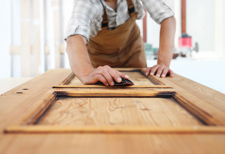 restauro di infissi e serramenti in legno