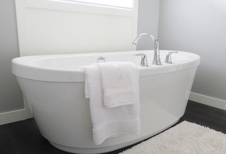 Ecco perché scegliere la resina per le pareti del bagno   Leo Leonelli