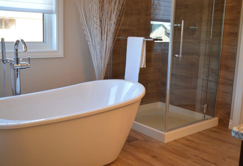 Ecco perché scegliere la resina per le pareti del bagno | Leo Leonelli